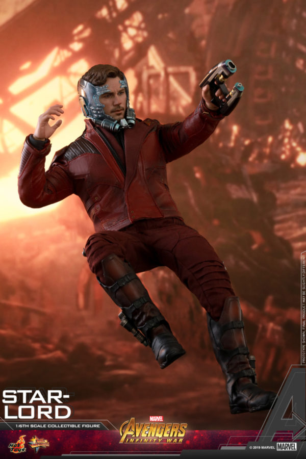 Hot-Toys-AIW-Star-lord-collectible-figure_PR6-600x900