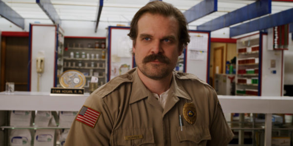 Stranger-Things-s3-images-12-600x300
