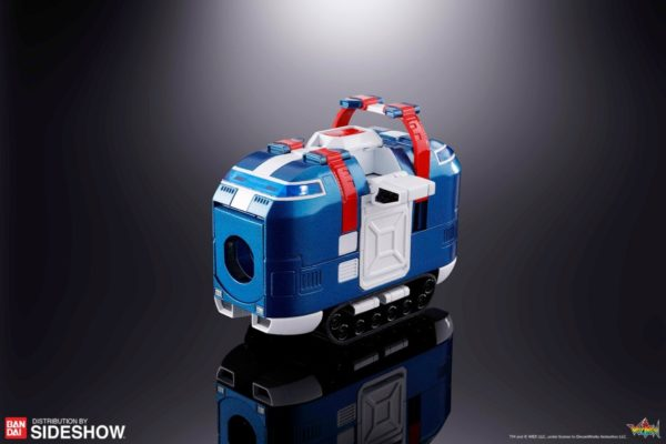 gx-88-vehicle-voltron-armored-fleet-dairugger-xv_voltron-defender-of-the-universe_gallery_5d14e80faf972-600x400