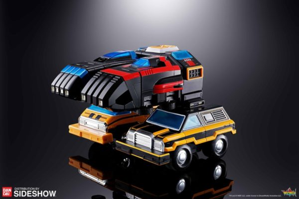 gx-88-vehicle-voltron-armored-fleet-dairugger-xv_voltron-defender-of-the-universe_gallery_5d14e81f7002d-600x400