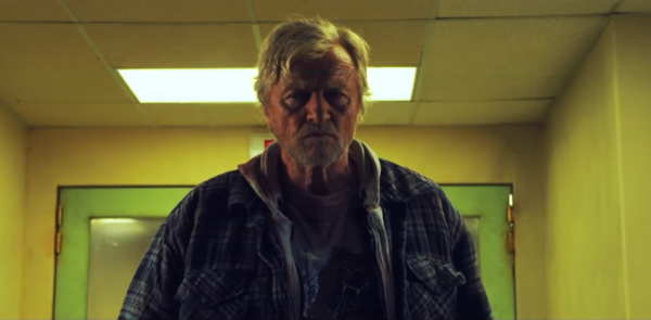 Hobo-with-a-Shotgun-Trailer-0-46-screenshot-600x295