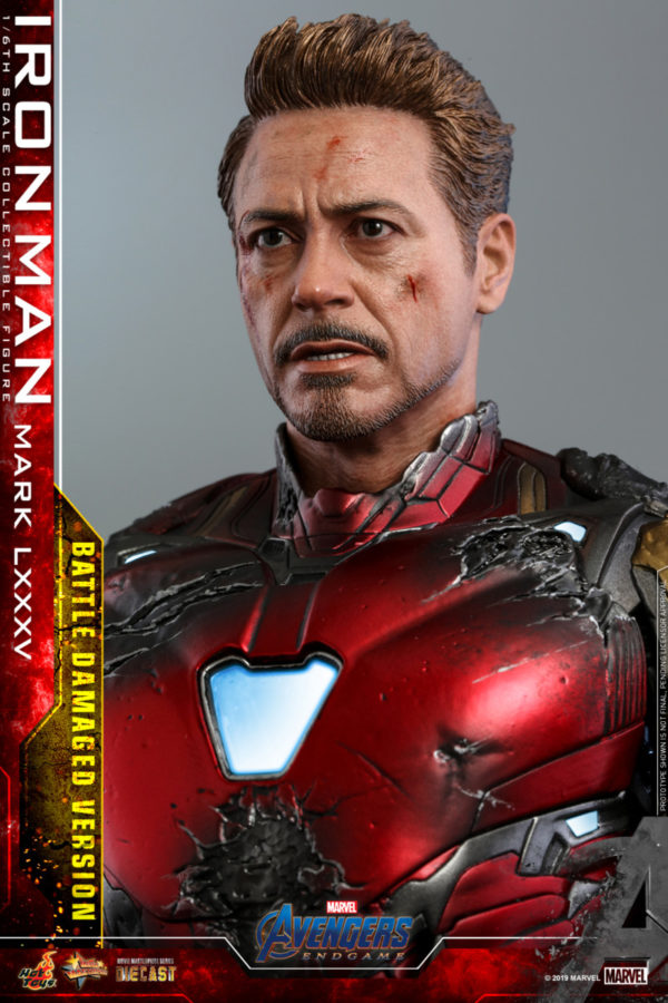 Hot-Toys-A4-Iron-Man-Mark-LXXXV-Battle-Damaged-collectible-figure_PR22-600x900
