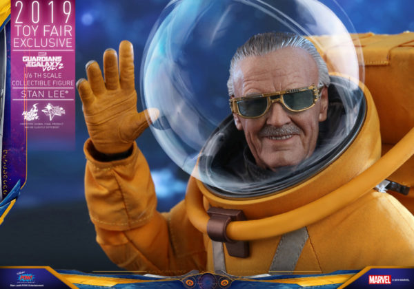 Hot-Toys-GOTG2-Stan-Lee-collectible-figure_PR13-600x420