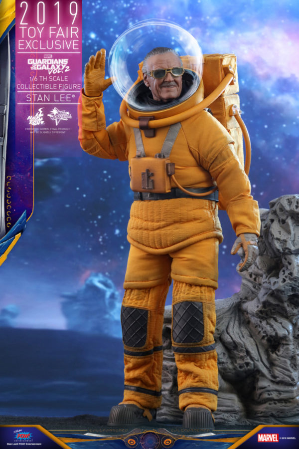 Hot-Toys-GOTG2-Stan-Lee-collectible-figure_PR3-600x900