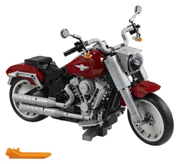 LEGO-Creator-Harley-Davidson-Fat-Boy-10272-600x550