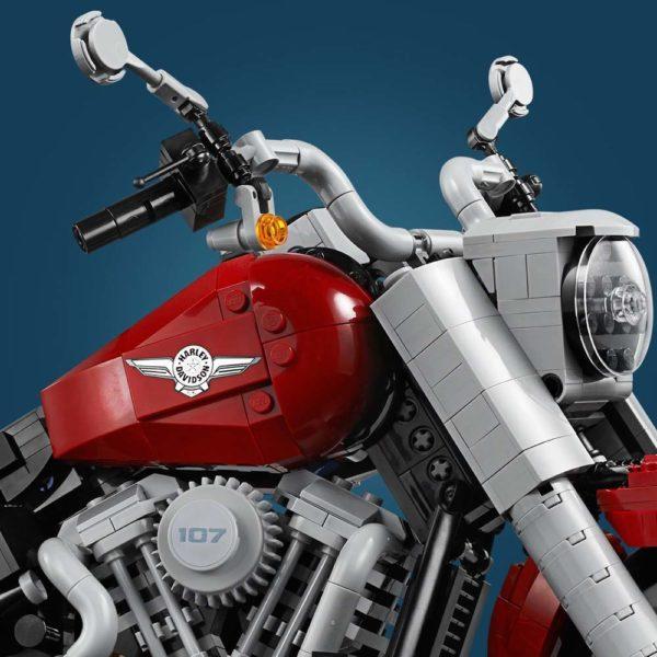 LEGO-Creator-Harley-Davidson-Fat-Boy-10276-600x600