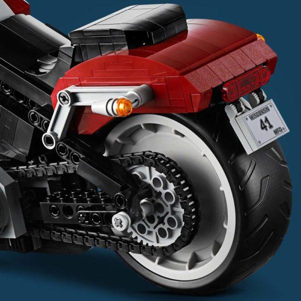 LEGO-Creator-Harley-Davidson-Fat-Boy-10278-600x600