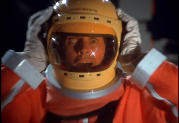 Space-1999-5-600x412