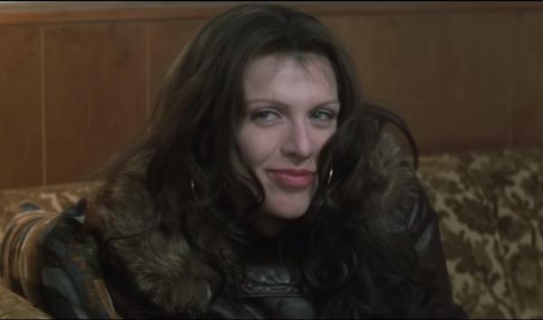 The-People-vs.-Larry-Flynt-1_8-Movie-CLIP-Meet-Calamity-Jane-1996-HD-1-2-screenshot-600x354