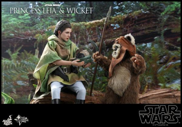 Hot-Toys-SW6-Princess-Leia-Wicket_PR2-600x420
