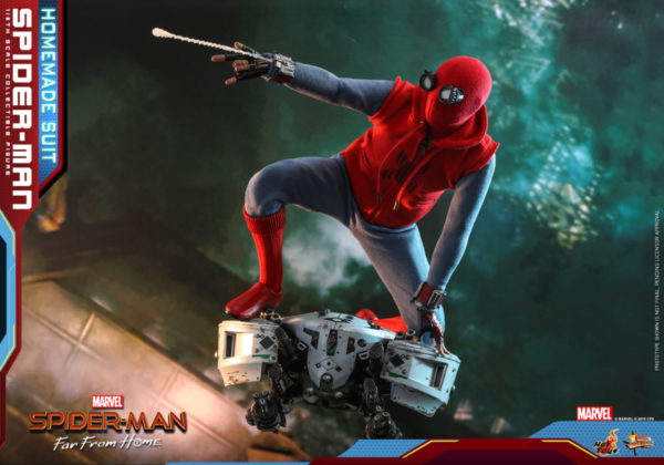 Hot-Toys-Spider-man-Far-From-Home-Spider-man-Homemade-Suit_PR9-600x420