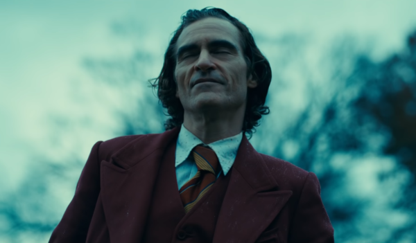 JOKER-Final-Trailer-1-15-screenshot-600x351