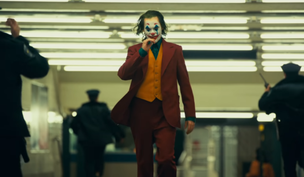 JOKER-Final-Trailer-2-10-screenshot-600x349