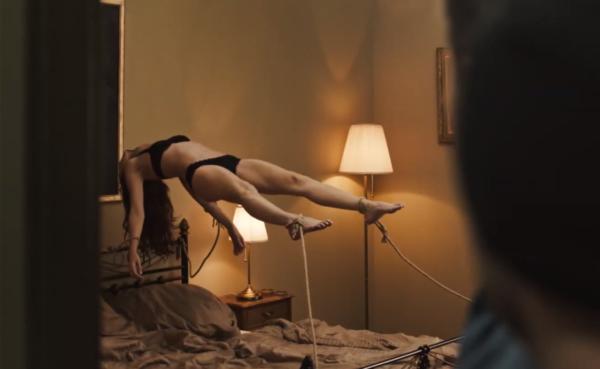 SKIN-CREEPERS-Trailer-_-English-Subtitled-0-46-screenshot-1-600x369