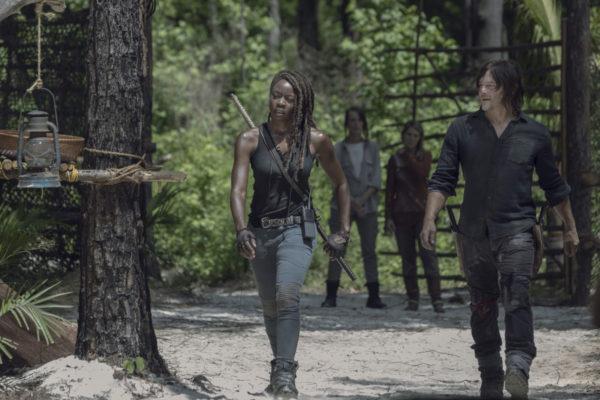 The-Walking-Dead-season-10-4-600x400