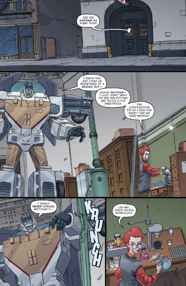 TransformersGhostbusters_03-pr-3-600x923