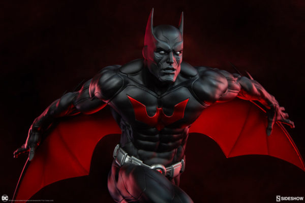 batman-beyond_dc-comics_gallery_5d4b38f2a3b8e-600x400
