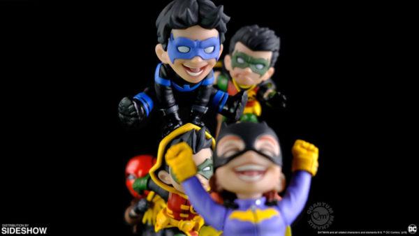 batman-family-knight-out-q-master_dc-comics_gallery_5d489a404a890-600x338