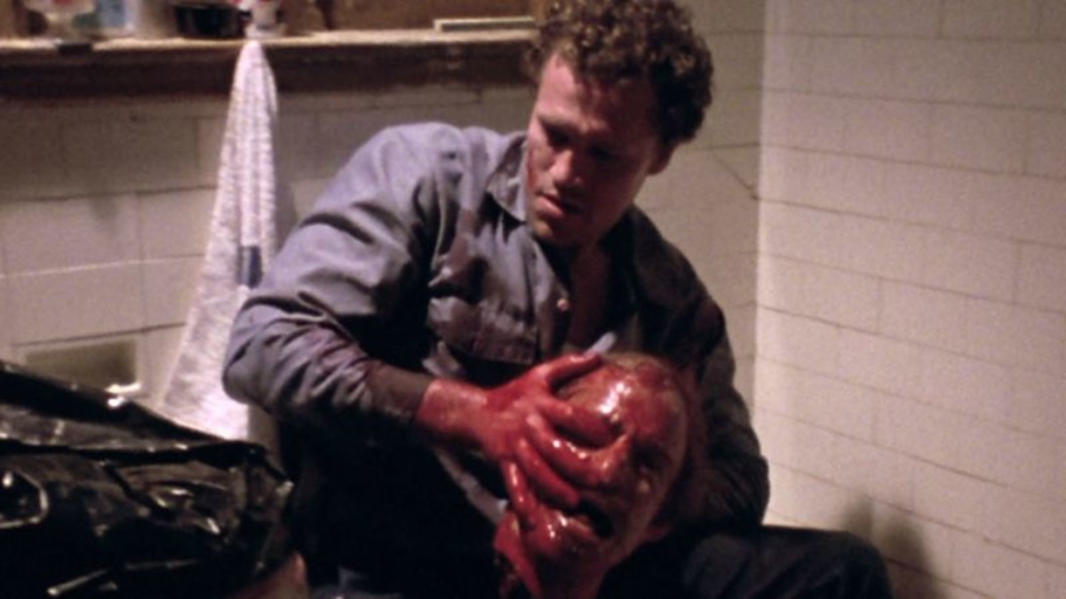 Henry disposing of one of many victims in Henry: Portrait of a Serial Killer (1990).