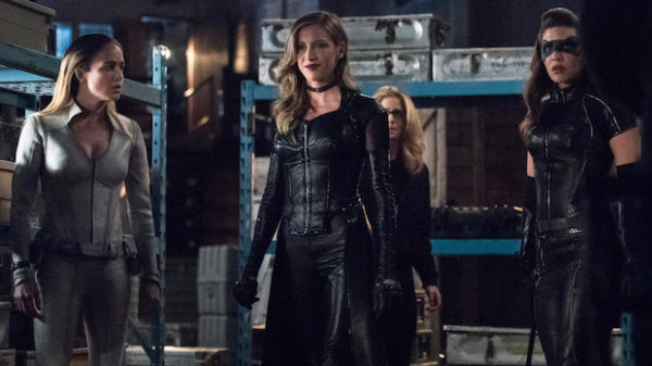 Katie Cassidy Pitched A Birds Of Prey Series To The Cw