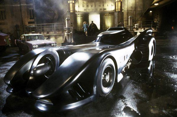 Batmobil-600x397
