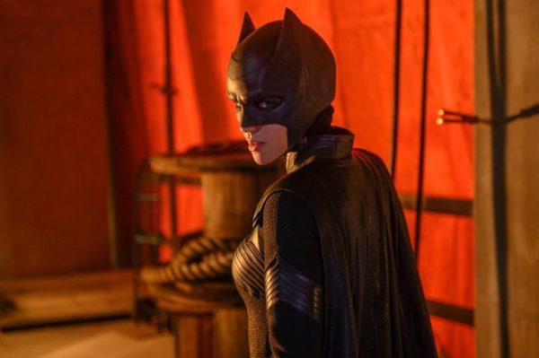 Batwoman-images-1-600x399