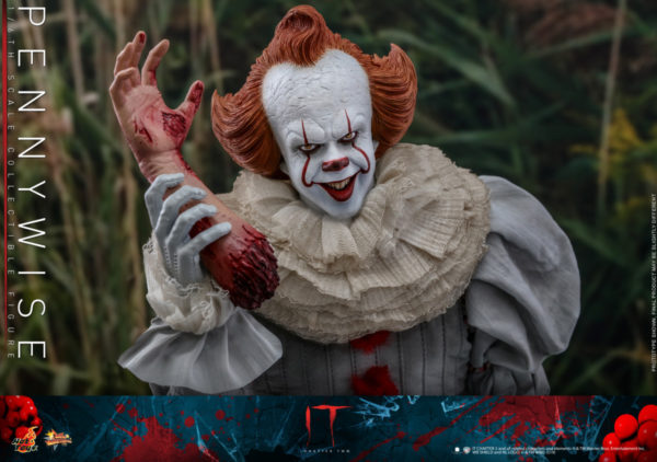 Hot-Toys-IT2-Pennywise_PR18-600x422