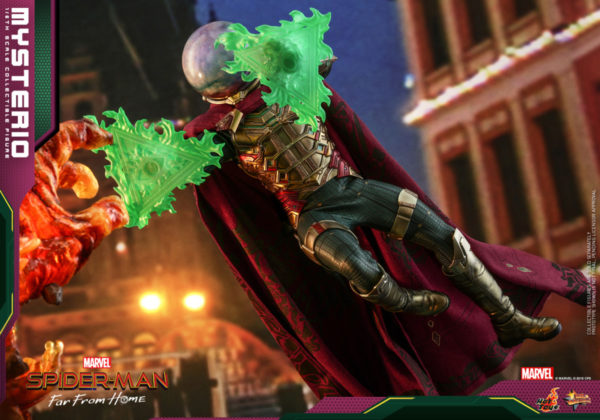 Hot-Toys-Spider-man-Far-From-Home-Mysterio_PR1-600x420