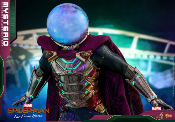 Hot-Toys-Spider-man-Far-From-Home-Mysterio_PR4-600x420