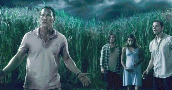 In-The-Tall-Grass-Trailer-600x316