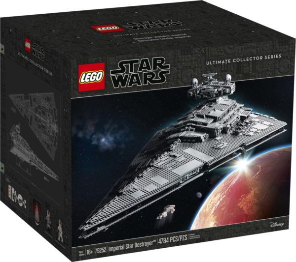 LEGO-Star-Wars-UCS-Imperial-Star-Destroyer-75252-600x533