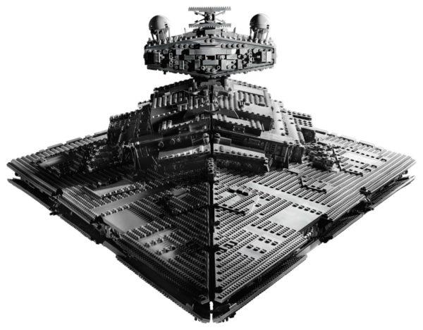 LEGO-Star-Wars-UCS-Imperial-Star-Destroyer-75258-600x468
