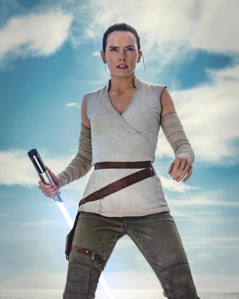 Rey is ready for action in new Star Wars: The Rise of Skywalker image