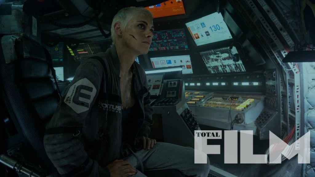 New image of Kristen Stewart in Underwater
