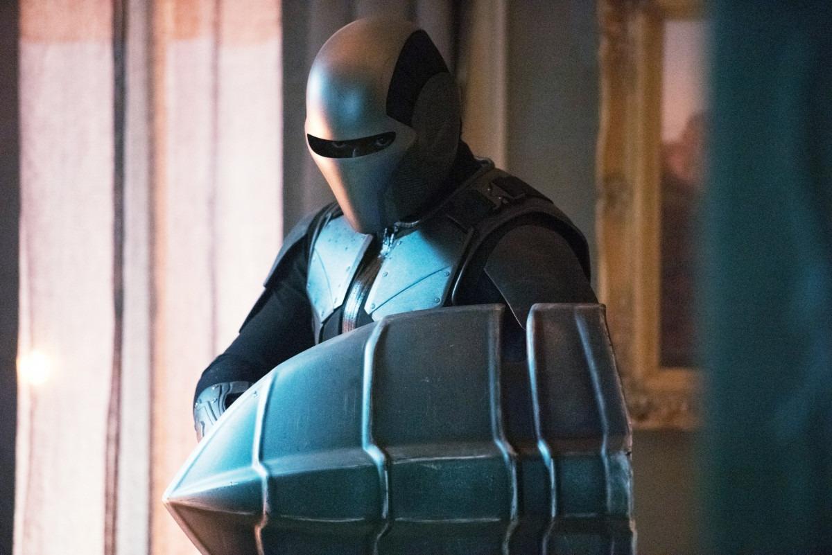 Promo images for Supergirl Season 5 Episode 3 - 'Blurred Lines'