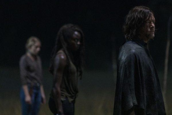 The-Walking-Dead-1003-18-600x400