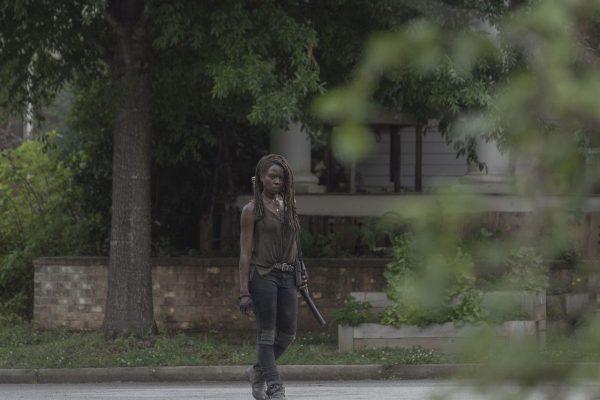 The-Walking-Dead-1003-26-600x400
