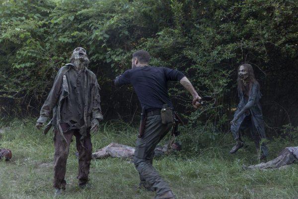 The-Walking-Dead-1003-8-600x400