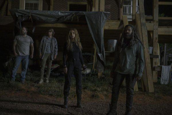 The-Walking-Dead-1004-15-600x400