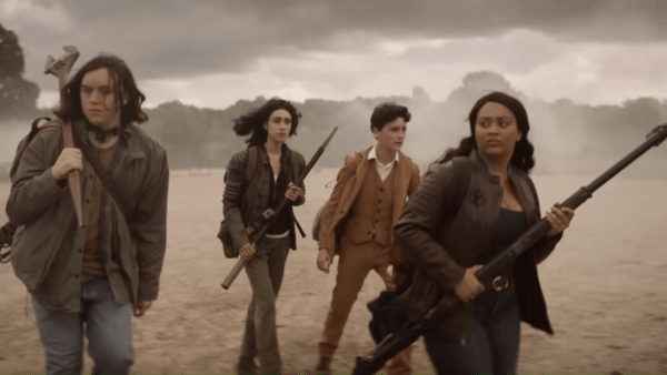 The-Walking-Dead-New-Series_-Official-New-York-Comic-Con-Trailer-1-34-screenshot-600x338