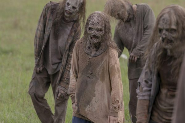 The-Walking-Dead-s10-ep2-13-600x401