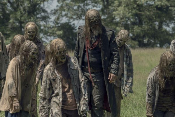 The-Walking-Dead-s10-ep2-17-600x401