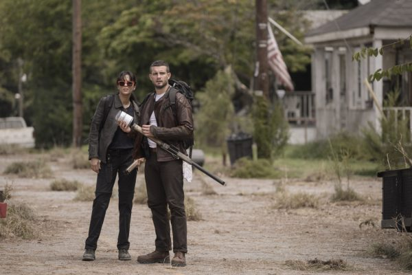 The-Walking-Dead-spinoff-first-look-images-2-600x400