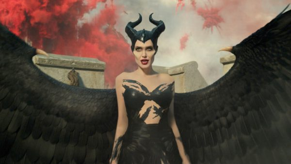 maleficent-mistress-of-evil-angelina-jolie-600x338