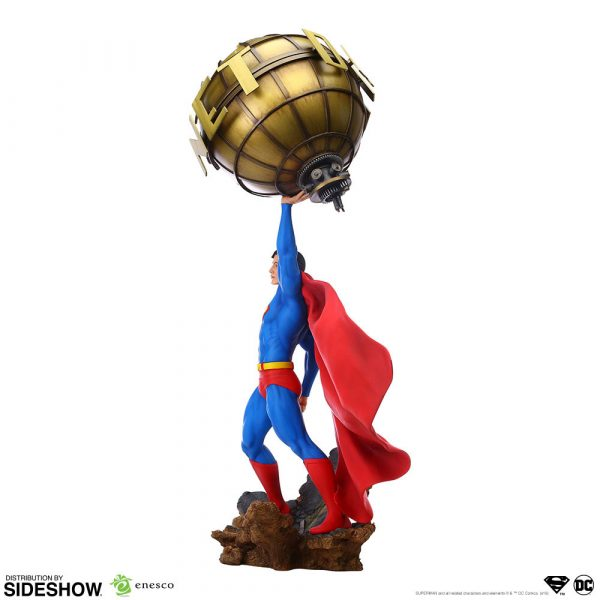superman_dc-comics_gallery_5da63fda461cc-600x600