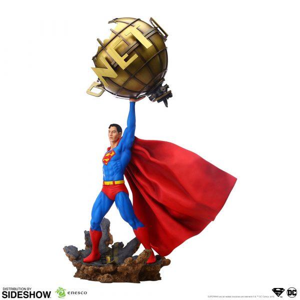 superman_dc-comics_gallery_5da63fdaee71a-600x600