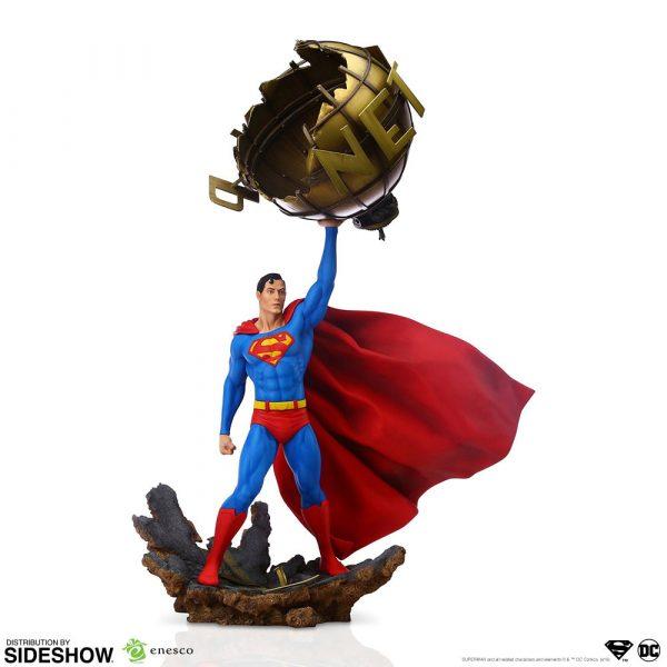 superman_dc-comics_gallery_5da63fdb75291-600x600