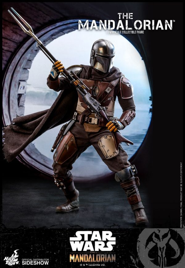 the-mandalorian-sixth-scale-figure_star-wars_gallery_5d96882c7bd7a-600x867