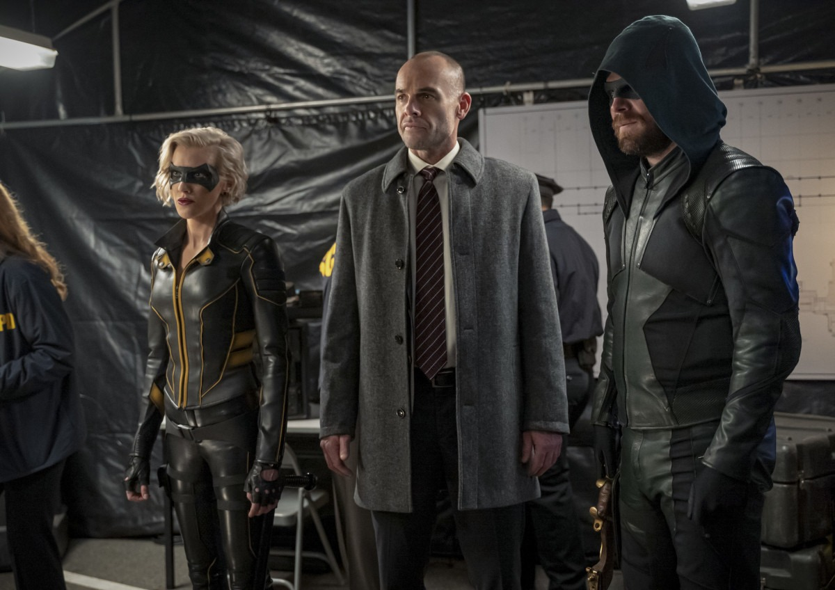 Quentin Lance returns in promo images for Arrow Season 8 Episode 6 - 'Reset'