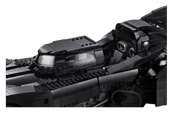 Batmobile-Batman-89-LEGO-6-600x394